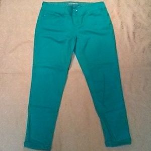 YMI Green Anklet Pants